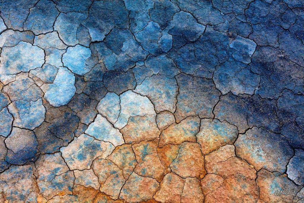 Dragonskin geothermal iceland photo by Aaron Reed